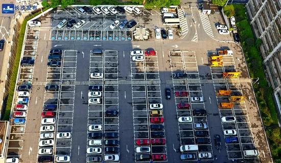 太棒了!长沙政府大院停车位双休日节假日将免费对社会开放