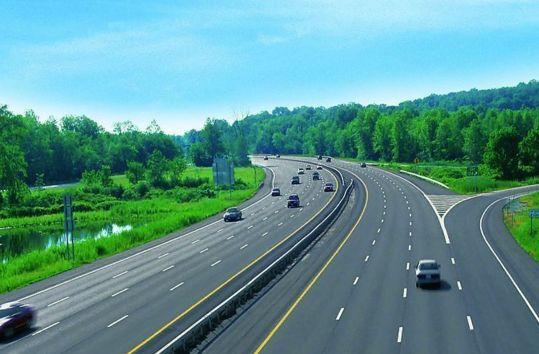 湖南13条高速公路招商引资 6条为国家项目
