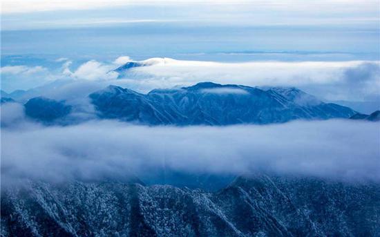 (娄底市新化县境内的大熊山。从大的区域看,大熊山属于雪峰山的一部分。曾文贵 摄)