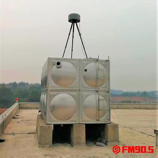 △架设在长沙黄花国际机场的无源侦测设备。