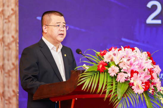 湖南省工业和信息化厅党组成员、总经济师熊琛致辞