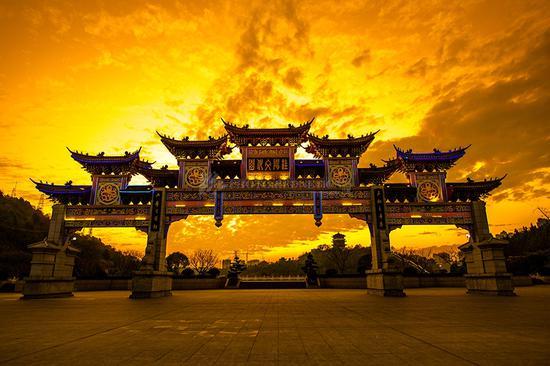 桂阳文化园落日美景。