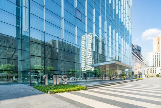 长沙IFS T1写字楼近景。