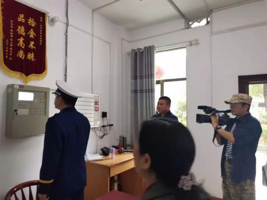 检查消防值班控制室,消防安全管理职责是否落实