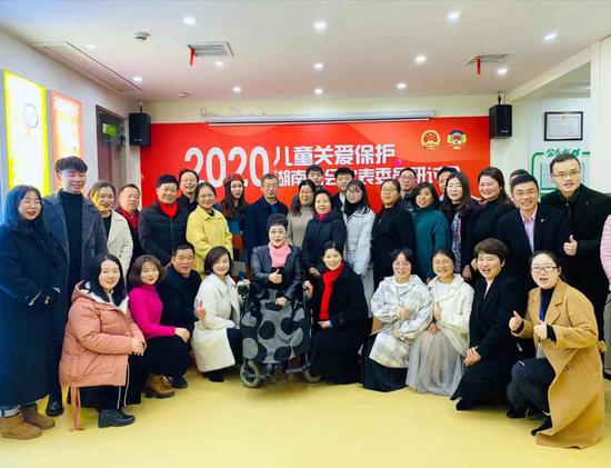 """""""儿童关爱保护""""2020年湖南两会代表委员 研讨会顺利召开"""