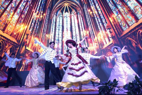 地铁童话列车主题相亲舞会在长开幕