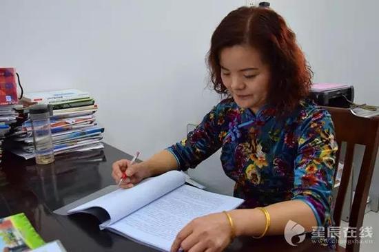 长沙县黄龙小学教导主任刘利元。