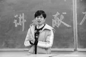 湖南中医药大学护理学院2016级辅导员李程。