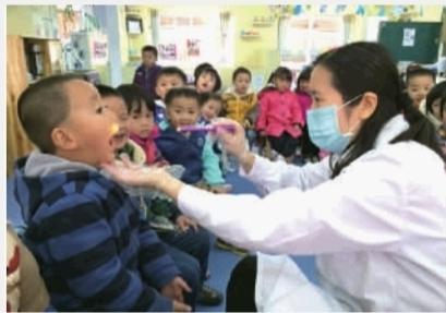校园人口密集,一旦传染病病例发生,易造成校内流行。(资料图片)