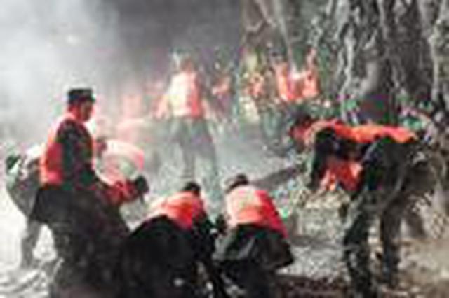 湖南一旅行社108名游客陆续撤离九寨沟 视频报平安