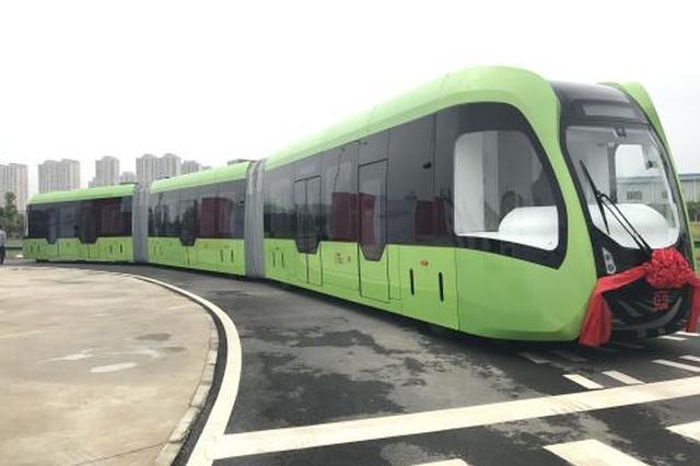 全球首列智轨列车株洲开跑 明年春节前后正式运行