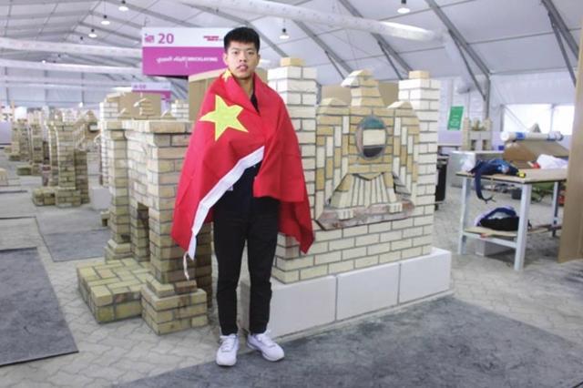 19岁少年22小时砌出3面墙 夺世界技能大赛冠军