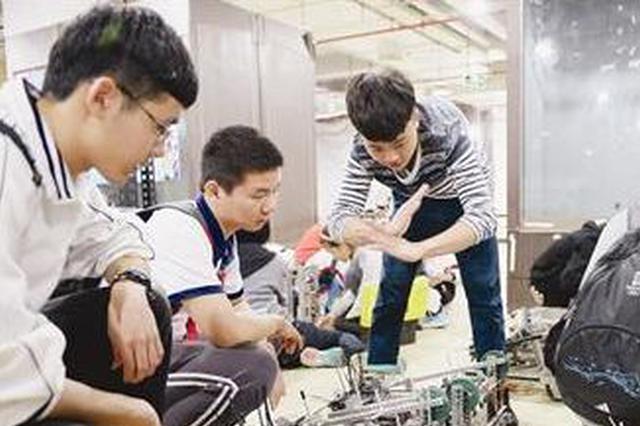 """长沙一小学生发明""""汽车智能防窒息装置""""获金奖"""