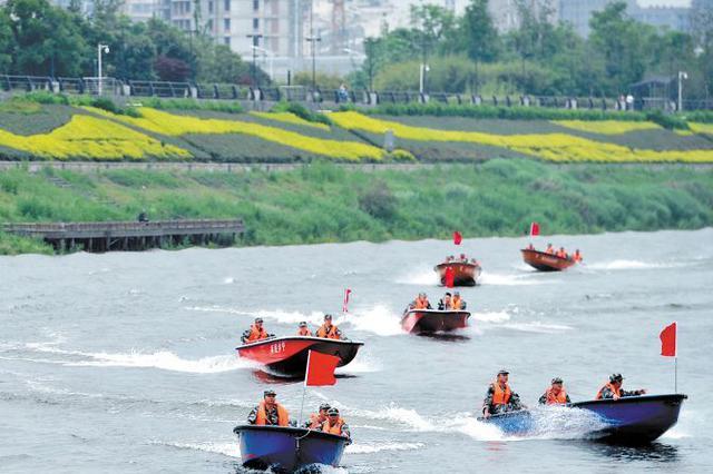 湖南80多名抢险骨干培训驾舟备战汛期