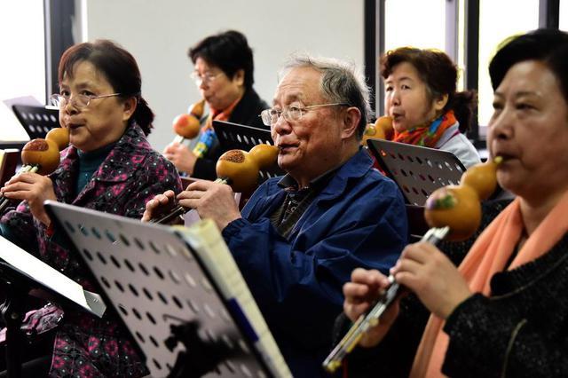 常德90岁老人退休后上28年老年大学 从不迟到早退