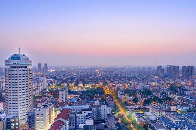 长沙市民期待政府加强监管 让楼市稳定健康发展