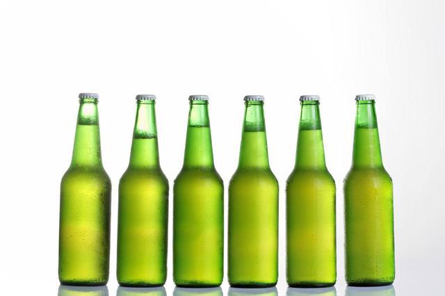 长沙市民买的啤酒突然爆炸 原来啤酒瓶竟已使用10年