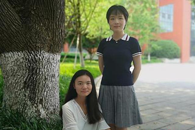 长沙市雅礼中学于雯(左)和钱垠(右)老师。