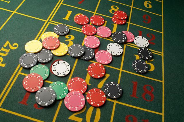 长沙95后女出纳沉迷赌博 半年侵吞公款近70万