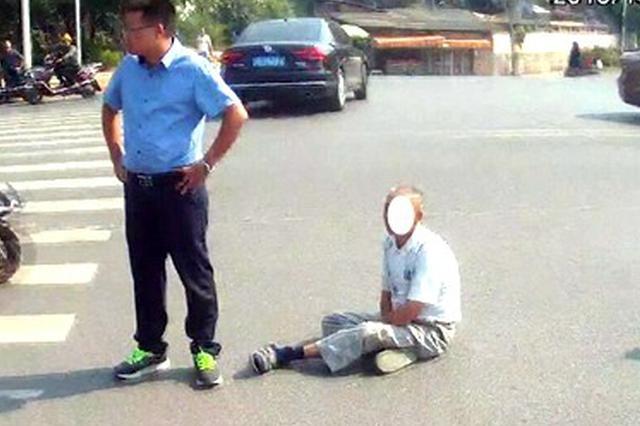 衡阳男子无证驾驶撞倒老人想私了 人被拘留还要交罚款