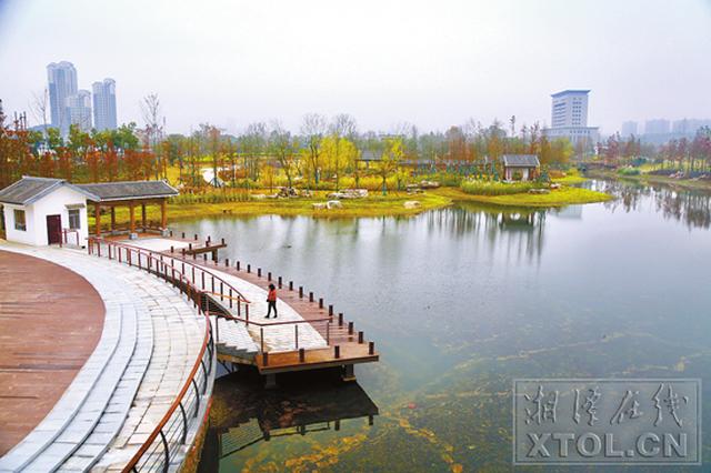 湘潭市城区24条黑臭水体华丽变身