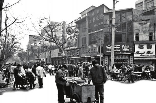 长沙黄兴南路步行街见证城市繁荣变迁