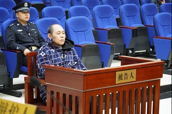 岳阳男子不满妻子离婚要求杀害岳父家四口人被判死刑