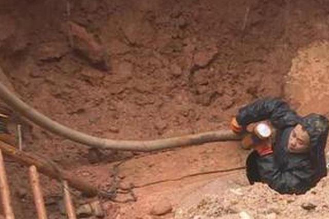 长沙城南主水管渗漏 20小时紧急抢修