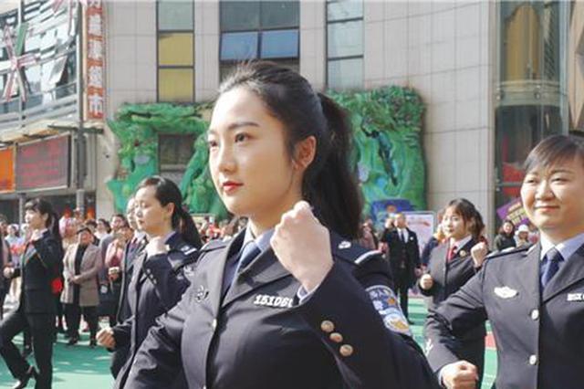 """郴州市苏仙区""""我和我的祖国""""主题快闪活动举行"""