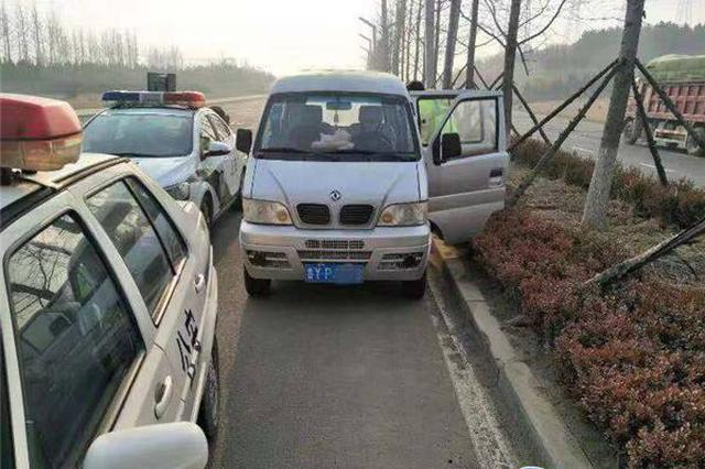 常德男子开货车超载112.9% 看见交警竟丢下老丈人独自开溜