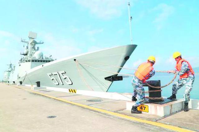 威武!岳阳舰代表中国参加国际装备展