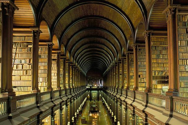 岳阳人可在家向省图书馆借书了