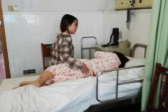 """岳阳五旬环卫工被撞住院半个月 肇事小伙竟然玩起""""躲猫猫"""""""