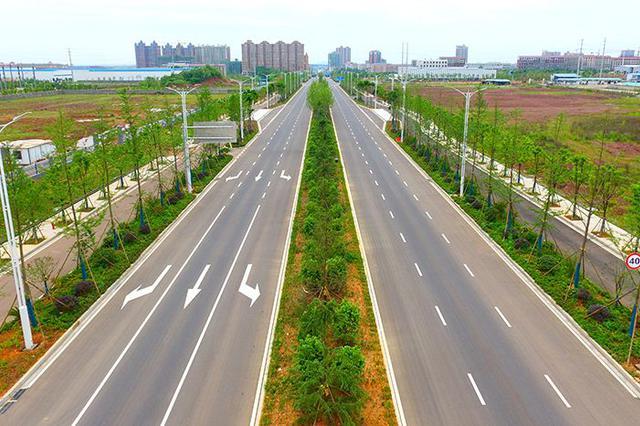 衡阳西渡高新技术产业园区工委书记、管委会主任刘运文接受审