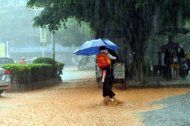 今起强降雨自北向南侵袭湖南 永州等地局部大暴雨