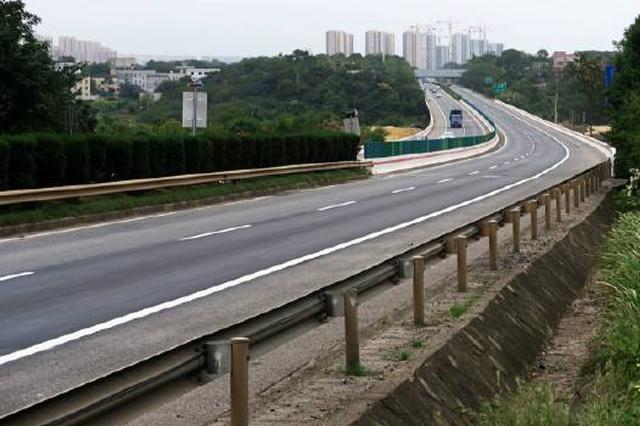 长沙绕城高速部分路段双向封闭
