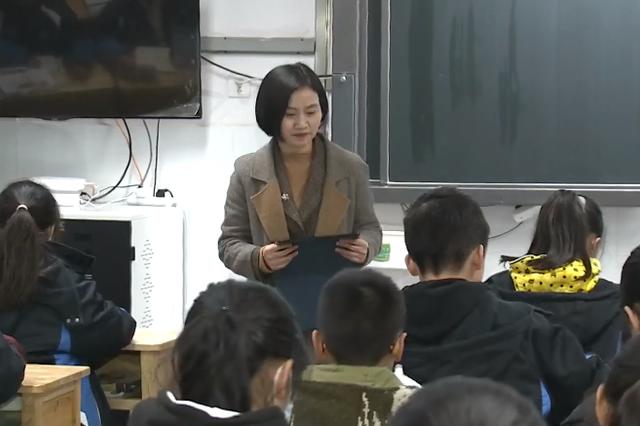 人大代表风采——三讲三做当表率丨王莉娟:热心教育事业 为民