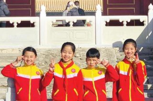 央视春晚有请大山里的孩子:歌声打动评委直通央视春晚,湖南