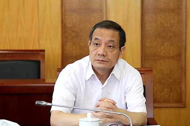 全国政协常委、省人大常委会副主任、民盟省委会主委杨维刚。
