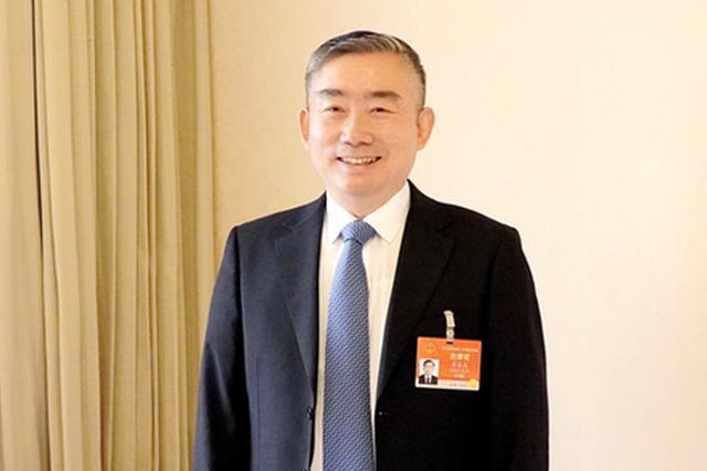 全国人大代表、湖南省教育厅厅长蒋昌忠。