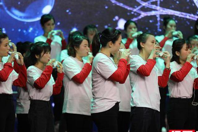 """很燃!49名乡村教师音乐会上成功""""出圈"""" 开启美育育人之路"""