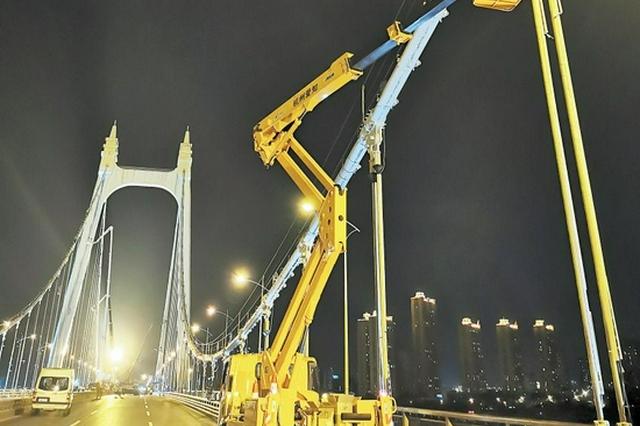 北斗高精度监测技术守护湘江大桥安全