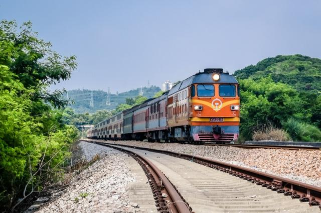 中秋小长假广铁长沙车务段增开9趟始发临客