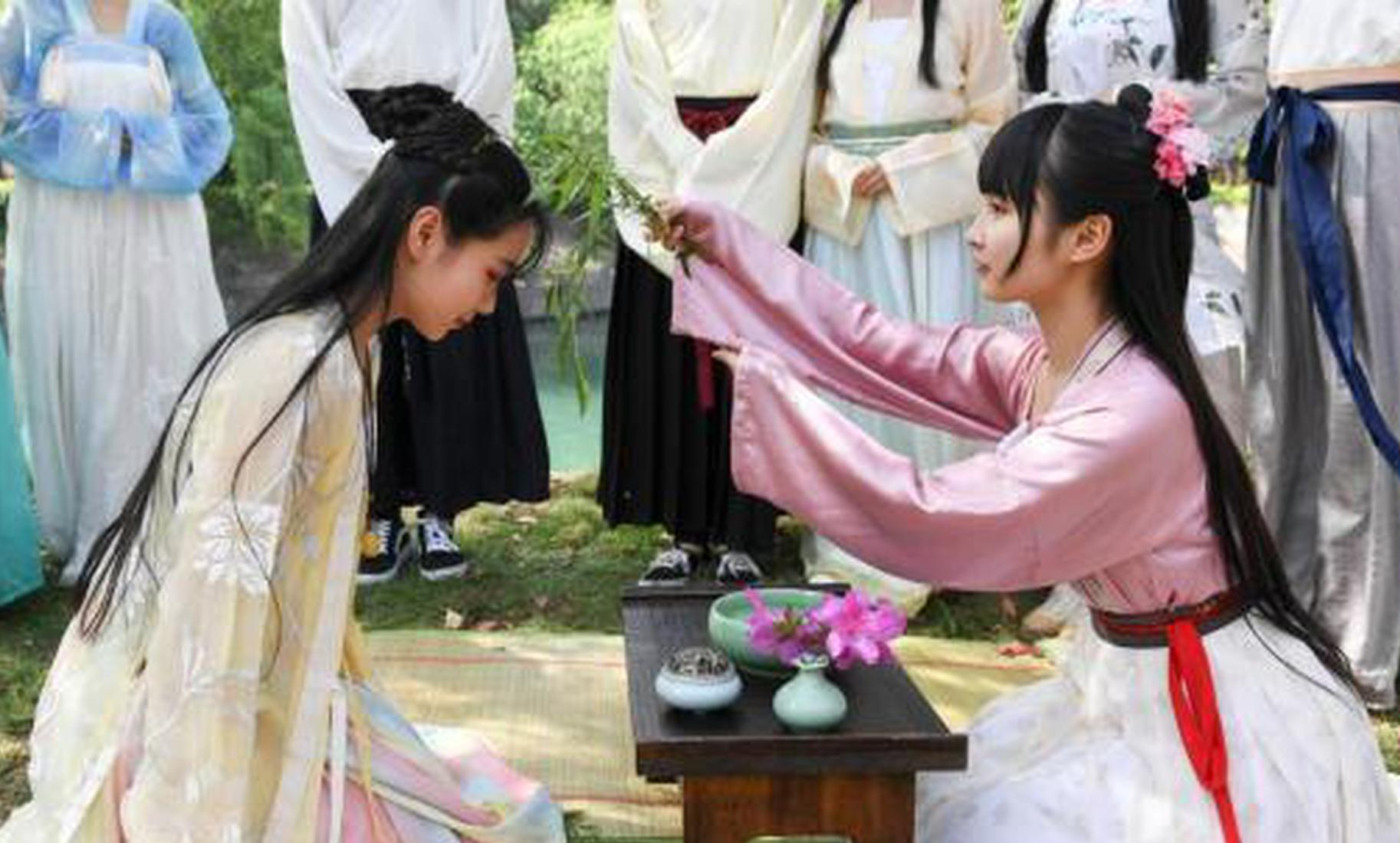 长沙大学生着汉服沿袭传统