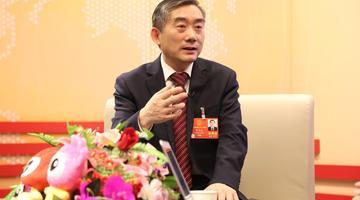 蒋昌忠:整个社会都淡定了学生才能减负