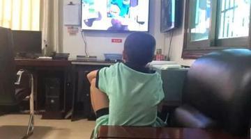 9岁男孩趴大货车底500余里到岳阳