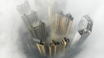 长沙大雾锁城 雾海缥缈宛若仙境