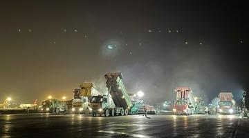 长沙机场西跑道大修工程进入最后冲刺