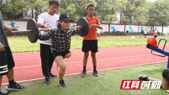 残疾运动员加紧备战第十届省残运会。