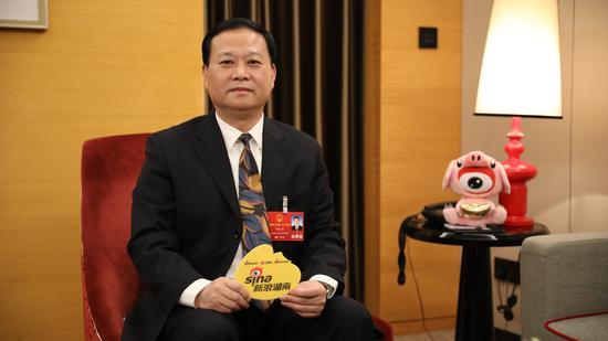 湖南省人大常委会副主任、党组成员,湘西土家族苗族自治州委书记叶红专